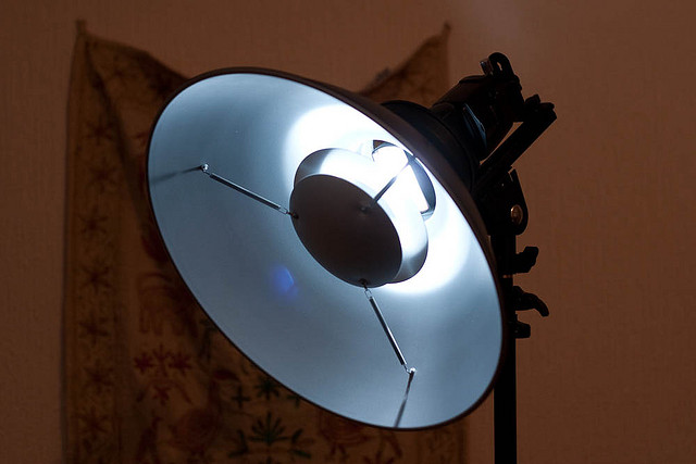 A fabulous beauty dish is available at the studio.